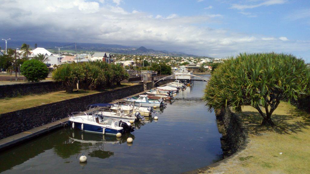 Le port de Saint Pierre de l'Ile de la Réunion